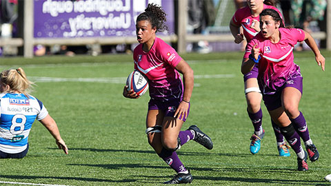 Amelia Harper playing for Lightning rugby